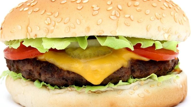 ¿Dónde nacieron las hamburguesas?